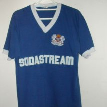 Peterborough United Home voetbalshirt  1982 - 1983 sponsored by Sodastream