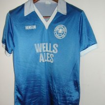 Peterborough United Home voetbalshirt  1987 - 1988 sponsored by Wells Ales