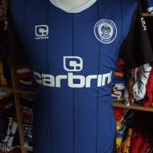 Rochdale Away baju bolasepak 2010 - 2011 sponsored by Carbrini Sportswear