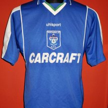 Rochdale Home baju bolasepak 2000 - 2002 sponsored by Carcraft