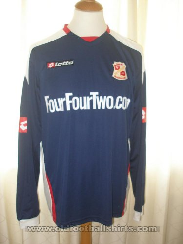 Swindon Town Away baju bolasepak 2008 - 2009