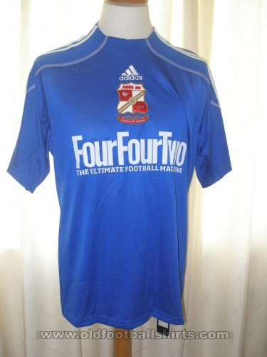 Swindon Town Third football shirt 2009 - 2010