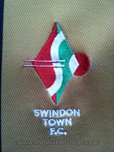 Swindon Town Away baju bolasepak 2003 - 2004