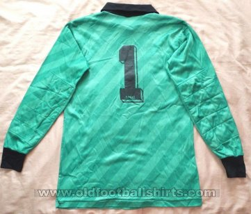 Swindon Town Goalkeeper football shirt 1987 - 1988
