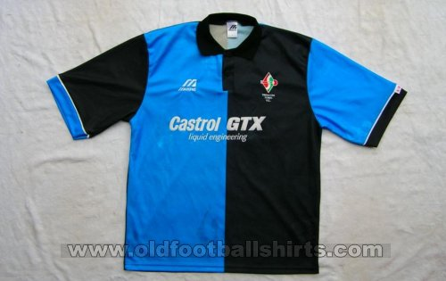 Swindon Town Away baju bolasepak 1995 - 1996