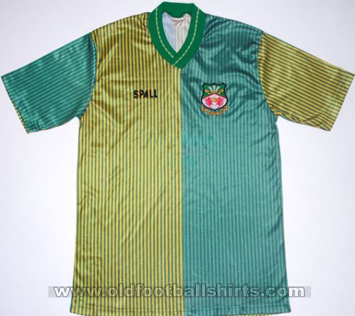 Wrexham Away football shirt 1989 - 1990