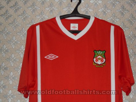 Wrexham Home football shirt 2010 - 2011