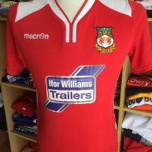 Wrexham Home Maillot de foot 2016 - 2017 sponsored by Ifor Williams Trailers
