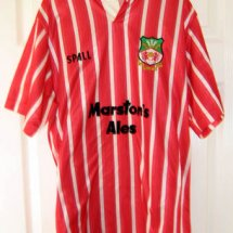 Wrexham Home Maillot de foot 1989 - 1990 sponsored by Marston's Ales