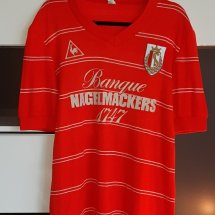 Standard Liege Home voetbalshirt  1984 - 1985 sponsored by Banque Nagelmackers 1747