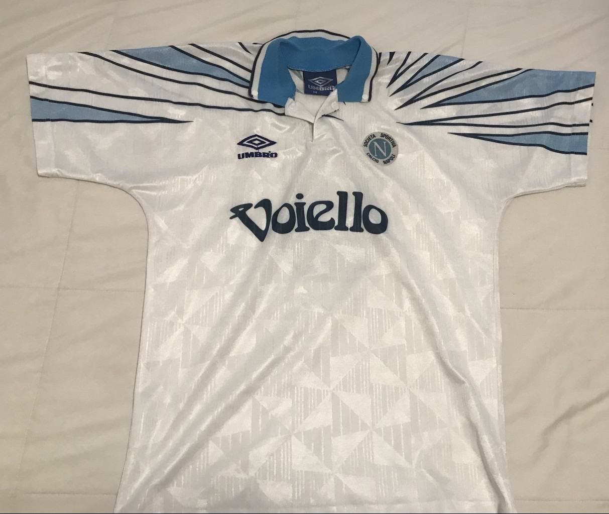 Napoli Away camisa de futebol 1991 - 1993. Sponsored by Voiello e30712c51703a