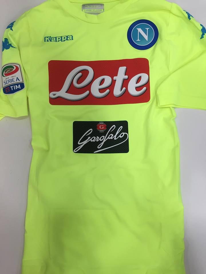 Napoli Goalkeeper camisa de futebol 2016 - 2017. bbc27f7566c95