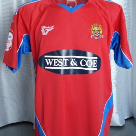 Dagenham & Redbridge Home Fußball-Trikots 2011 - 2013 sponsored by West & Coe